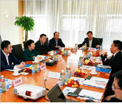 北京市工商联党组书记郑默杰一行莅临江河创建考察调研